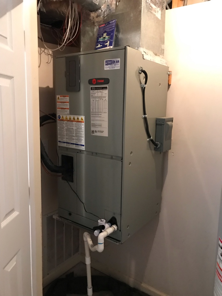 Murfreesboro, TN - No cooling call. Found/repaired part. Up and cooling again and added additional safety switch to improve protection against water backup.