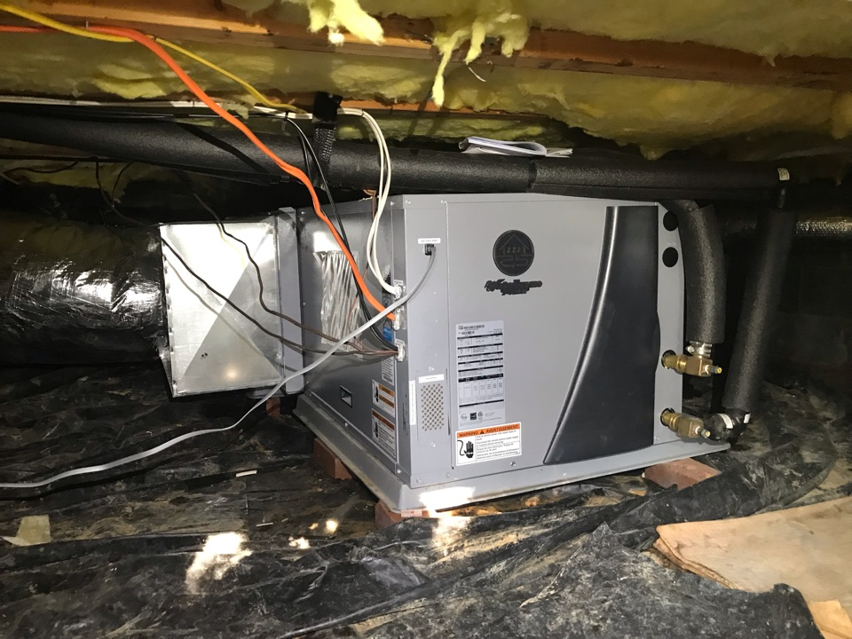 Shelbyville, TN - Cooling Maintenance on 2 geothermal systems with a repair