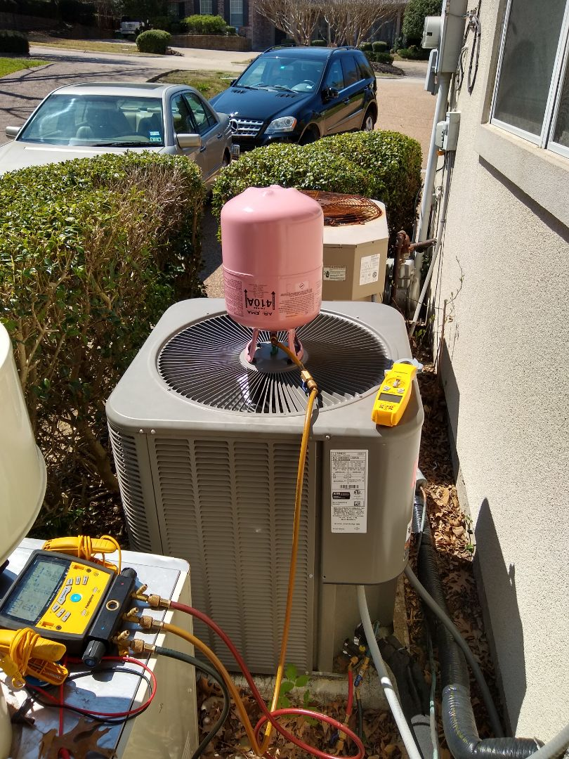 Lennox air conditioner leaked out about 3 pounds of refrigerant. The king valve was the culprit. Sealed it up and now charging it back up