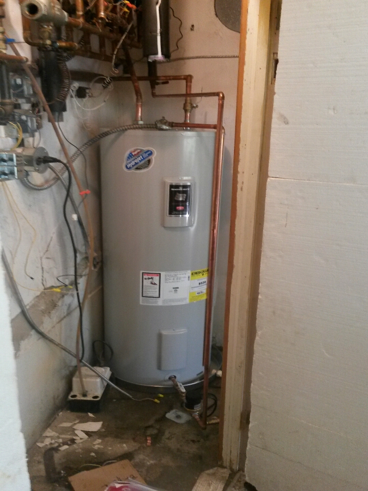 South Lyon, MI - hot water heater install/ water heater
