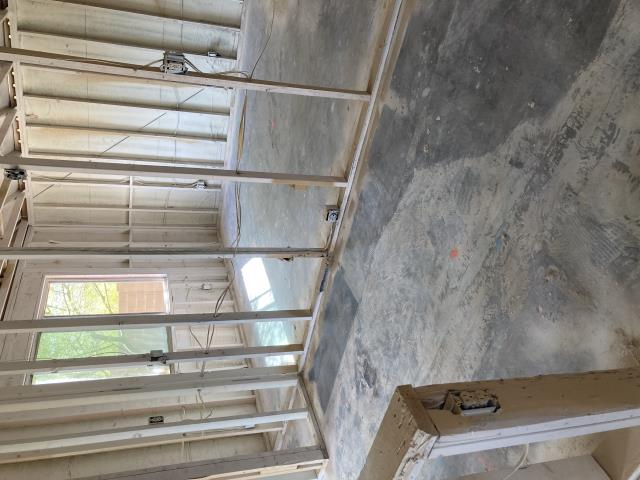 New River, AZ - Went and did a construction sweep and shop vac after sealing the trusses in this Anthem home.