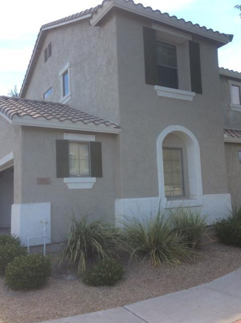 Gilbert, AZ - Just completed repairs in a gentlemen's home in Gilbert, AZ after having a water loss.