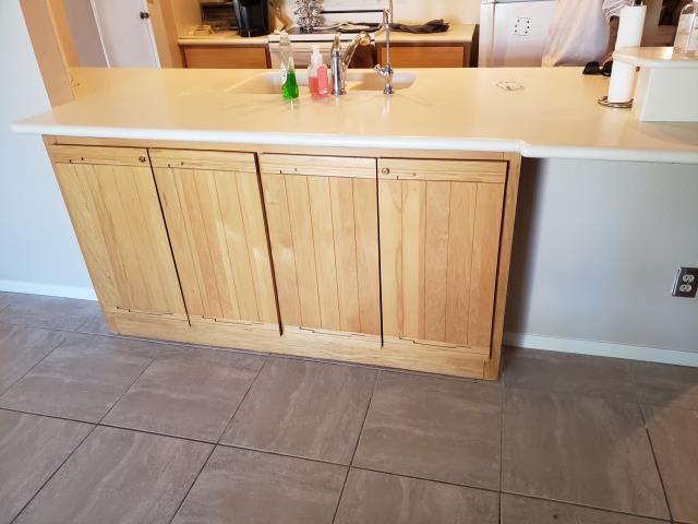 Scottsdale, AZ - Finished rebuilding and installing high grade kitchen cabinets for a gentleman in Scottsdale, AZ.
