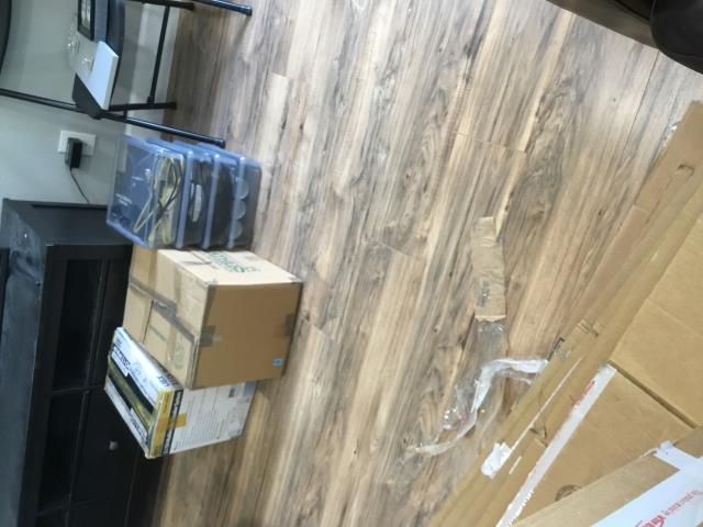 Phoenix, AZ - Started pack out for flooring and bathroom remodel in this Phoenix home.