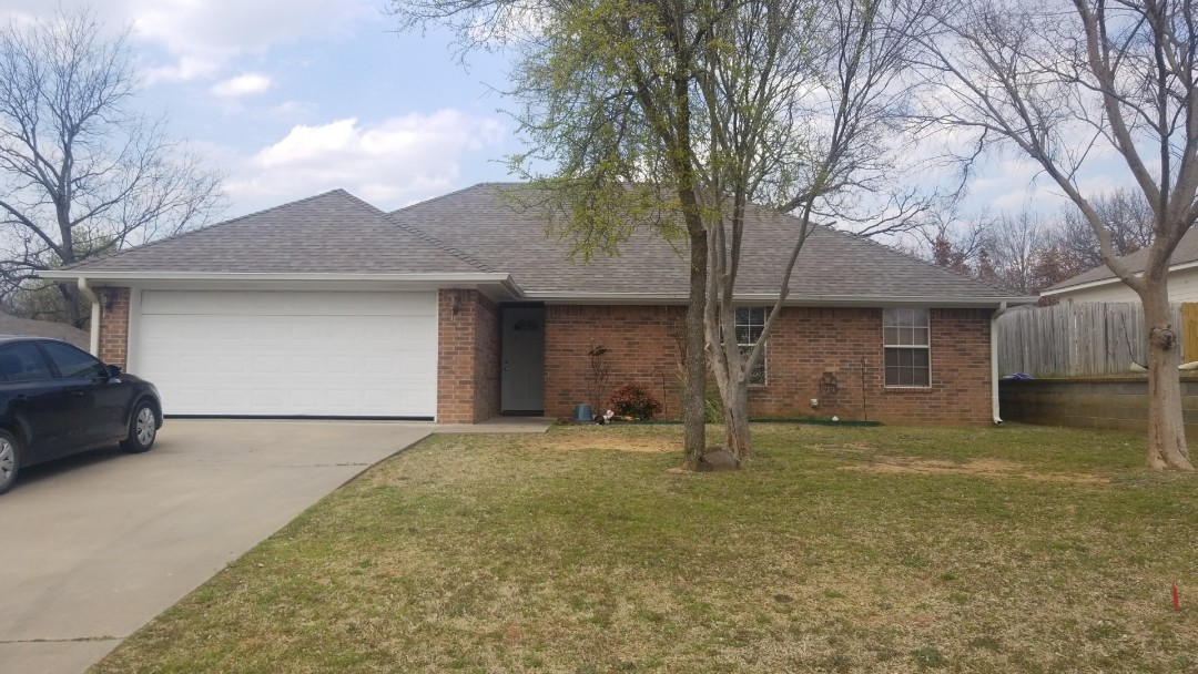 Durant, OK - New Owen's Corning Driftwood roof. I you need a new roof give us a call