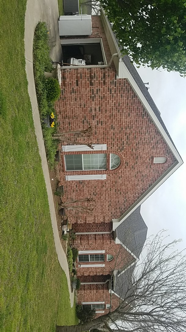 Whitesboro, TX - Did repair on a beautiful home by Langford Roofing in southmayd Texas