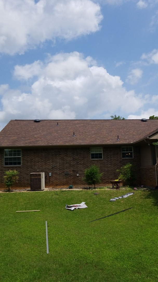 Durant, OK - Lankford Roofing just installed a beautiful new Owen's Corning Brownwood roof.
