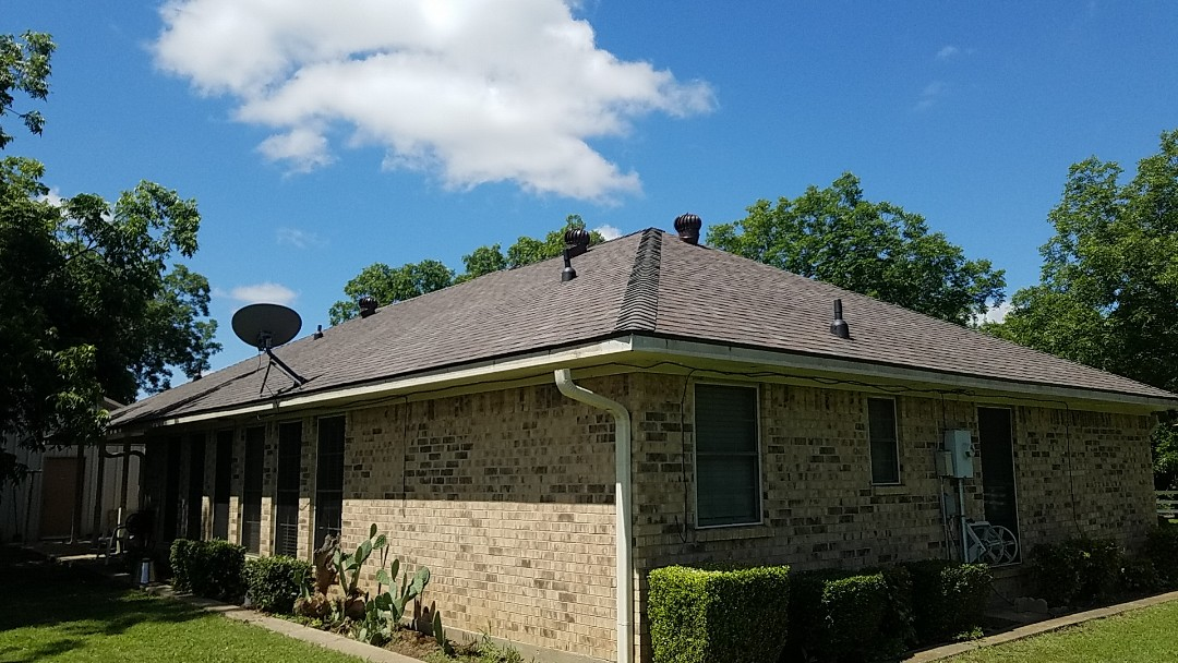 Bells, TX - New Owens Corning flagstone roof with Riser Ridge by Langford Roofing in Bells Texas