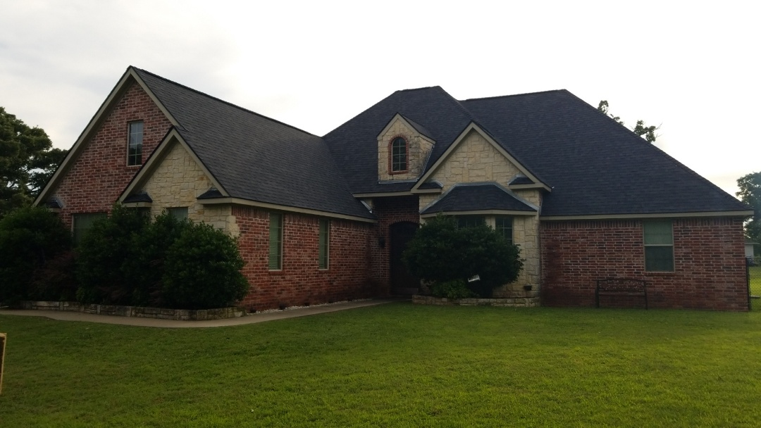 Durant, OK - New Owen's Corning Duration Onyx Black roof here in Durant Oklahoma