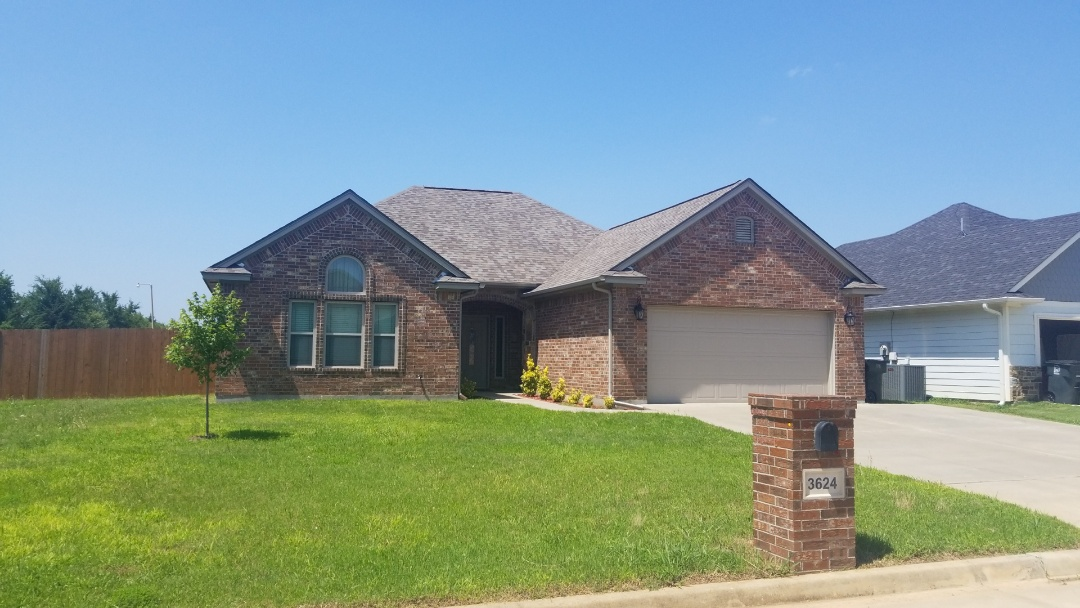 Bokchito, OK - New Owen's Corning Duration Driftwood roof here in Durant, Oklahoma