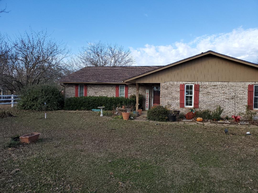 Durant, OK - Beautiful new Owens Corning duration Brown wood roof by lankford roofing in Bryan County Oklahoma