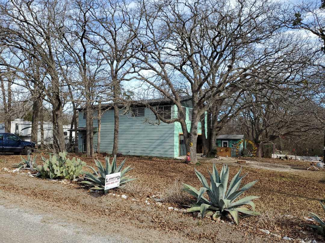 Gordonville, TX - Beautiful new Owens Corning driftwood brace by lankford roofing in Gordonsville Texas
