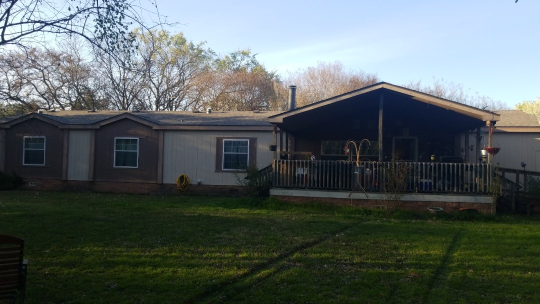 Pottsboro, TX - New Owen's Corning Oakridge Driftwood roof here in Pottsboro Texas