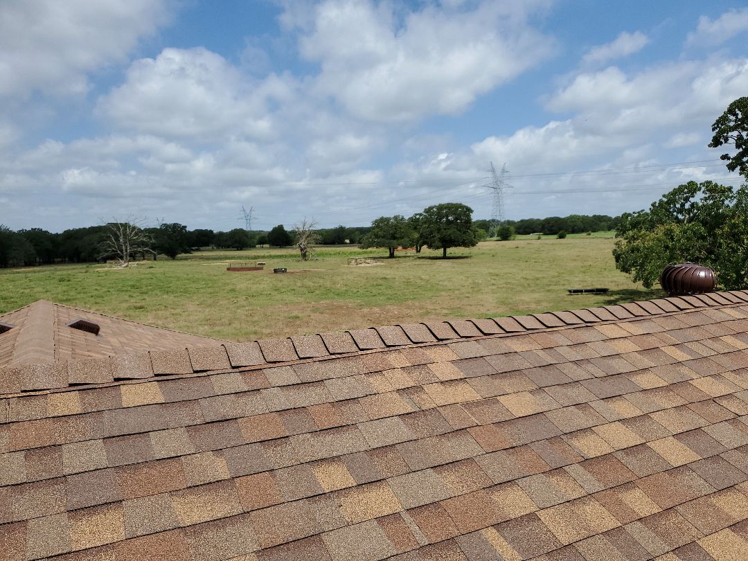 Collinsville, TX - Beautiful new Owens Corning 8 Cedar Oak Ridge single with Brown drip edge for really nice lady in Collinsville Texas By lankford roofing