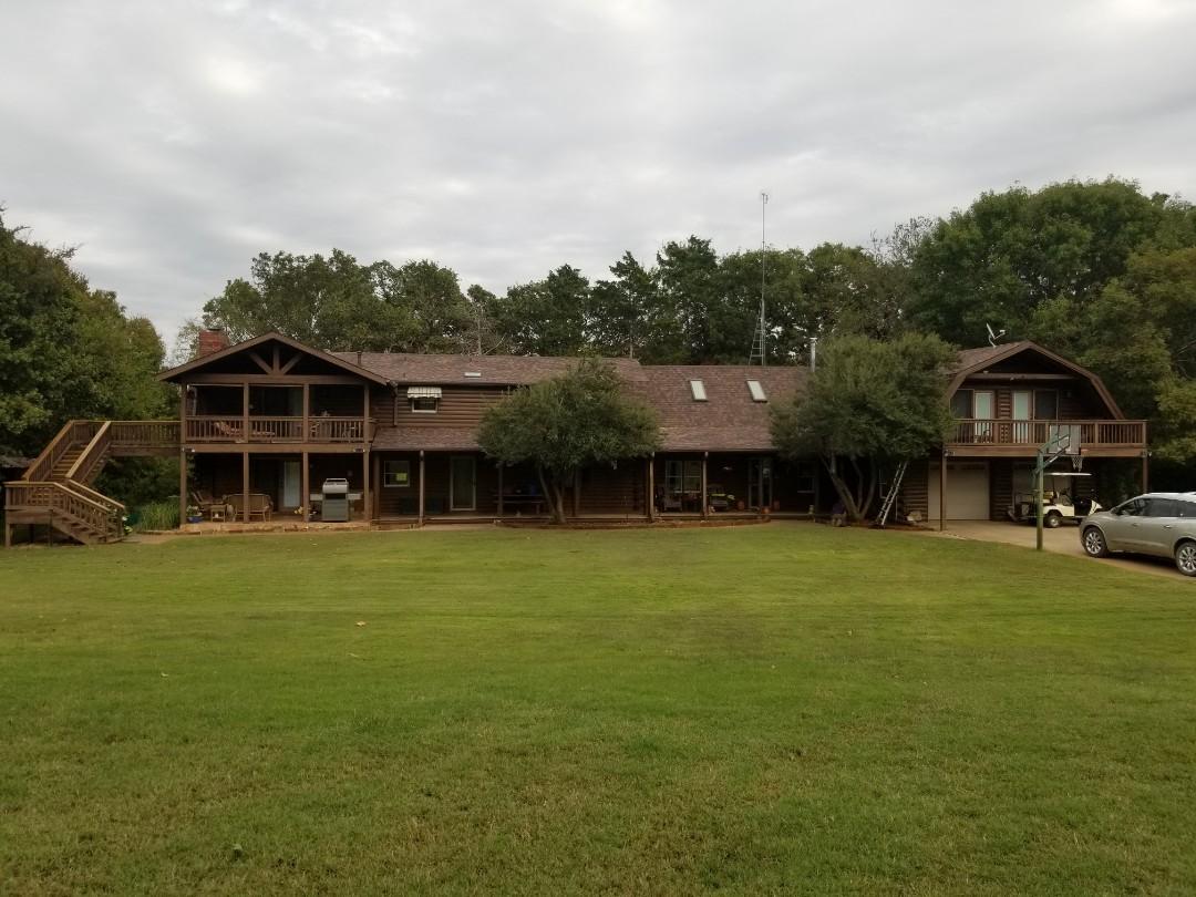 Sadler, TX - New Owen's Corning Duration Brownwood roof here in Sadler, Texas