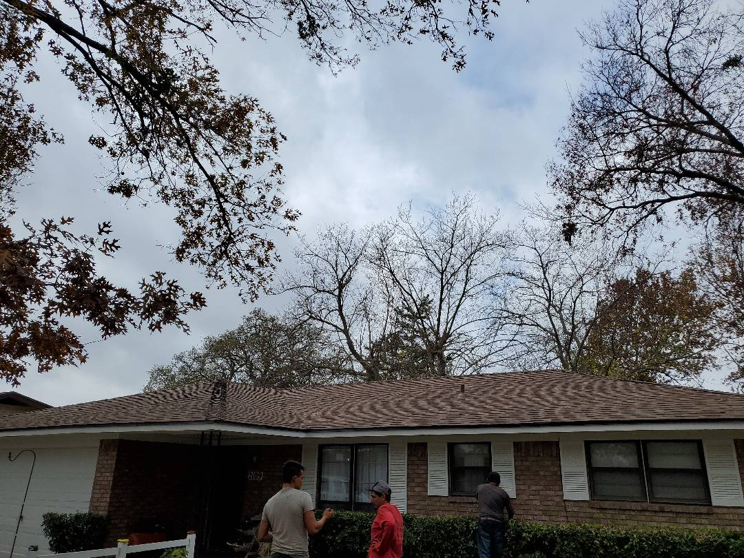 Denison, TX - Beautiful new I went Corning Oak Ridge H Cedar roof in lightstone our panel patio cover for great couple in Denison Texas by lankford roofing