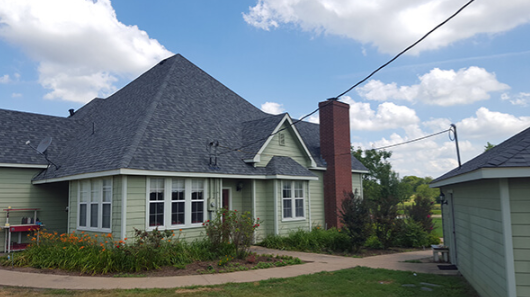 Collinsville, TX - Residential roof replacement and roof installation
