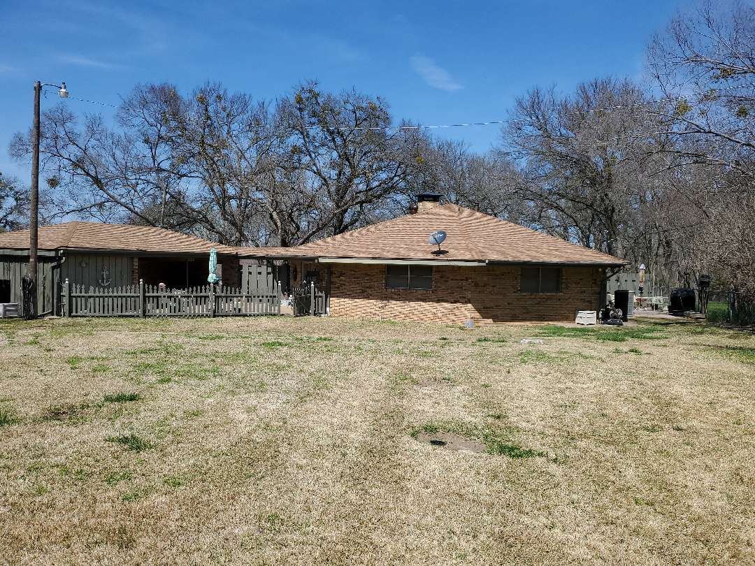 Denison, TX - Beautiful new class for impact resistant weather guard single by Owens Corning for really nice couple in Denison Texas done by lankford roofing
