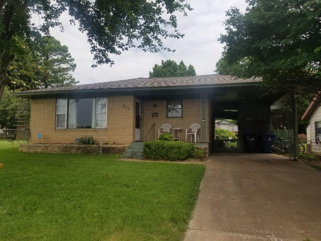 Denison, TX - New Owen's Corning Oakridge Driftwood roof here in Denison, Texas