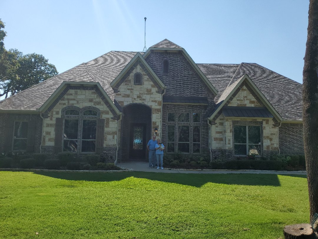 """Pilot Point, TX - Beautiful new Owens Corning duration storm cloud shingle and new wicker 6"""" gutters for some great people in Pilot Point Texas by Lankford roofing"""