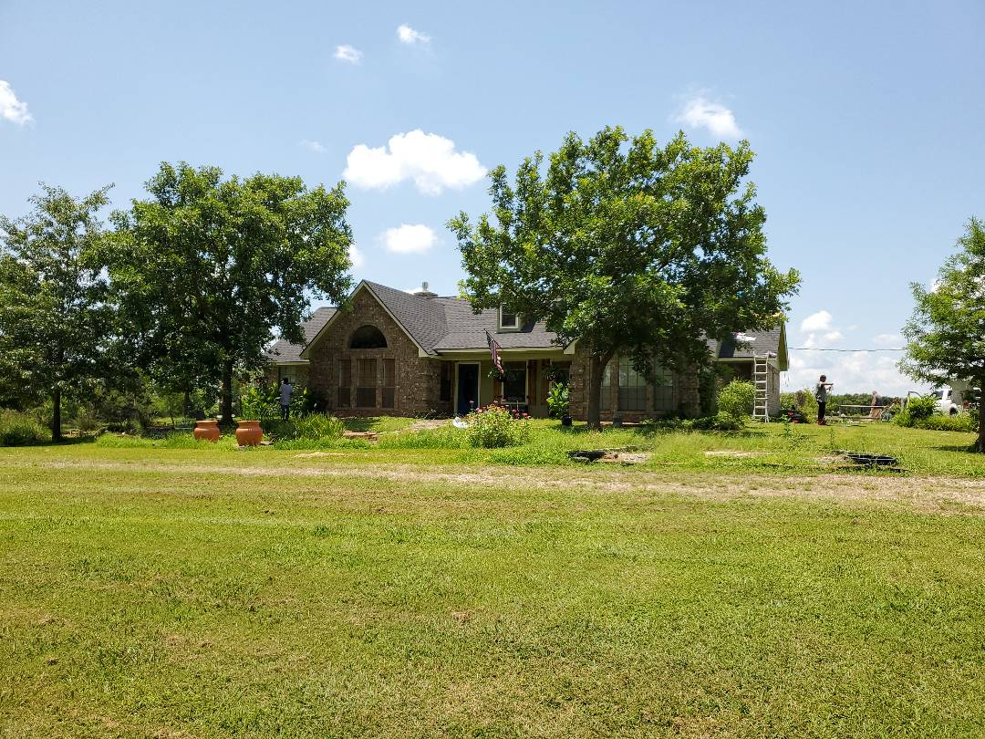 Whitesboro, TX - Beautiful new GAF timberline HDZ charcoal  Reef by  Langford roofing In Grayson County Texas for a really nice gentleman for a really nice gentleman