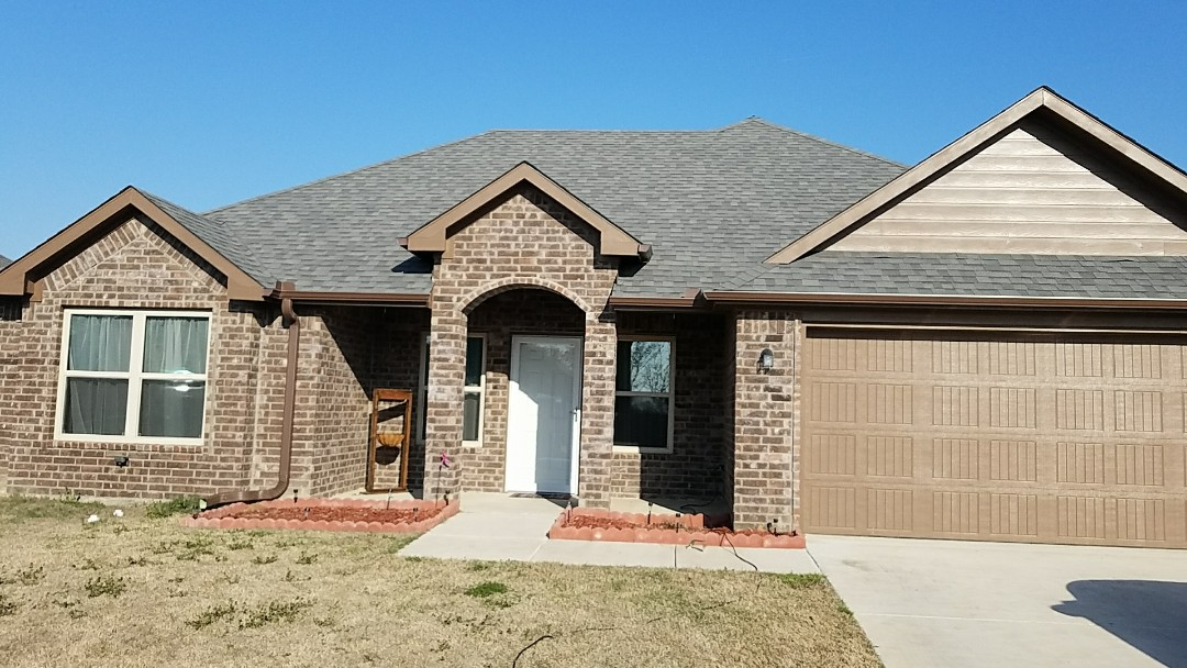 Durant, OK - Installed new gutters today. If you need new gutters give us a call.