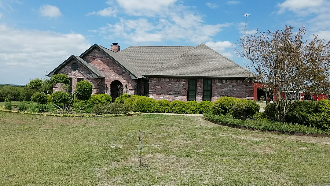 Sherman, TX - Giving an estimate for a new roof