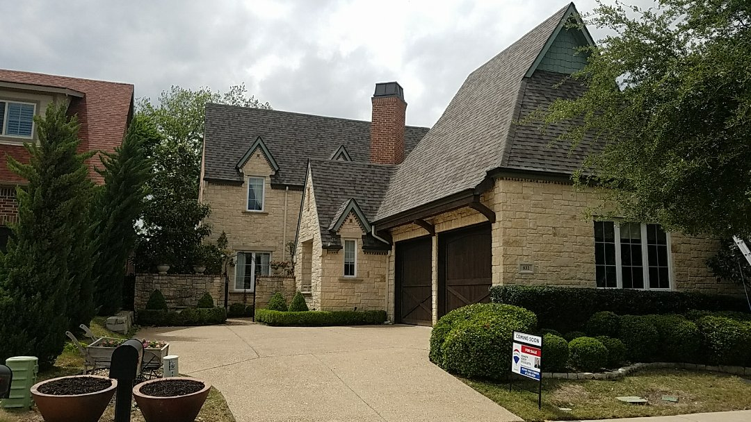 McKinney, TX - Installed a new roof on this beautiful home