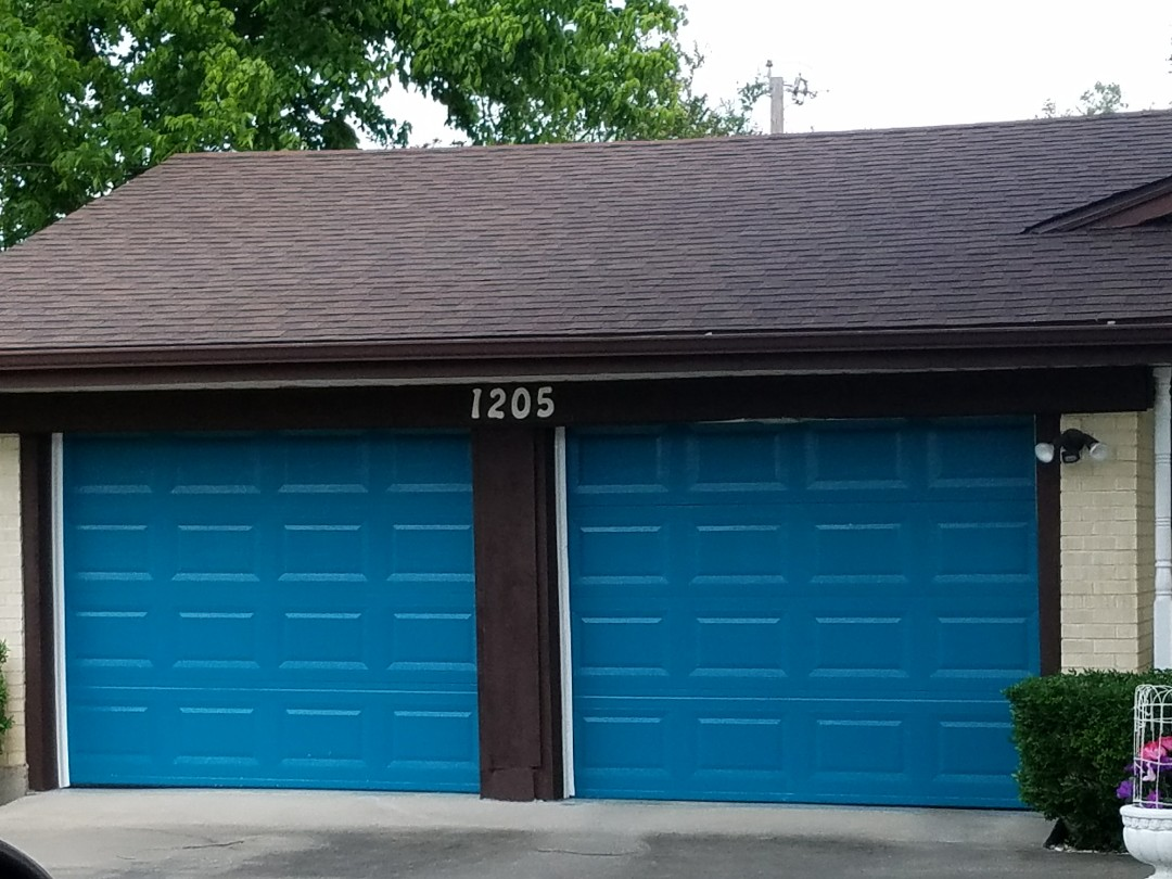 Sherman, TX - Re roofed house with owns corning Brownwood shinglelooks great