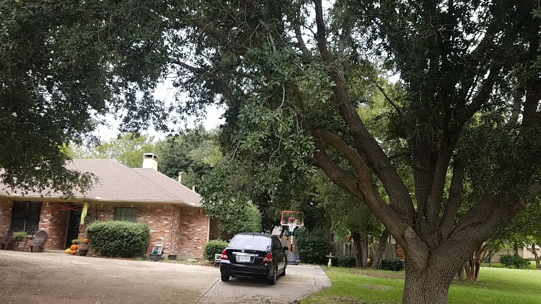 Sherman, TX - Estimate for roof replacement on a beautiful home in Sherman Texas