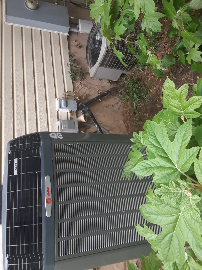 Vienna, VA - Performing (2) cooling inspection on a trane and carrier ac in Vienna Va