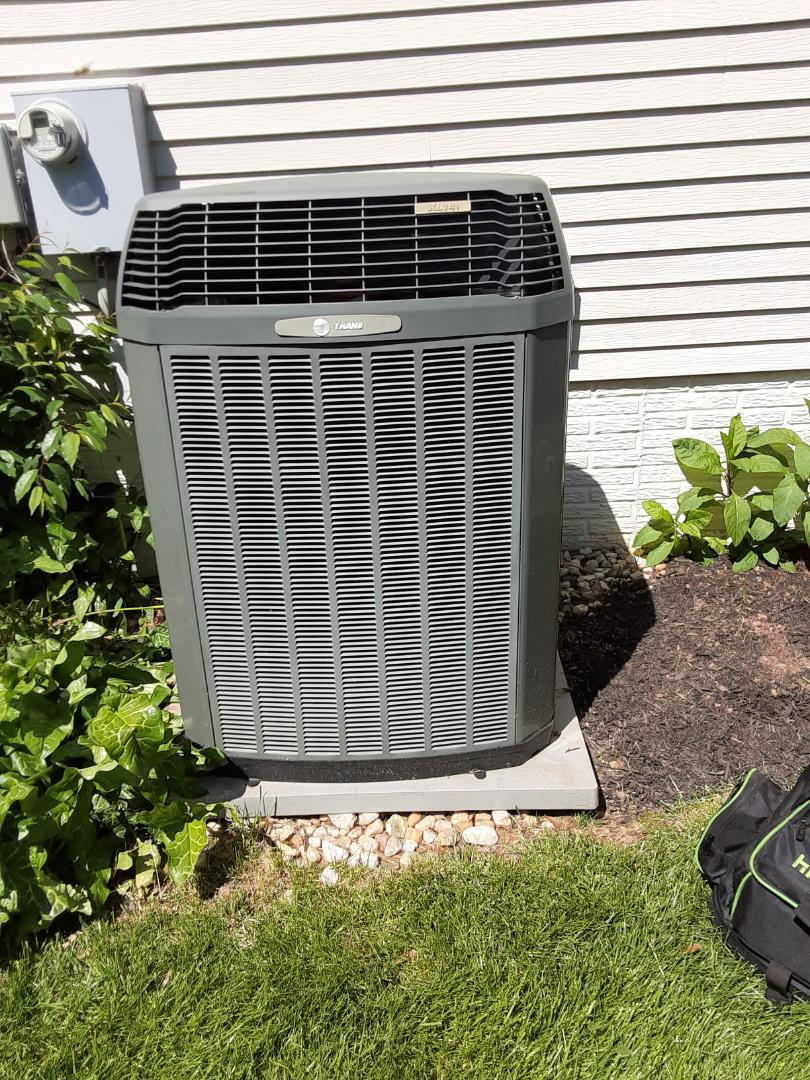 Performed a no AC call on a Trane variable speed heat pump in Reston VA