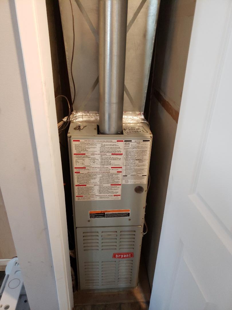 Willits, CA - Maintenance on Bryant furnace