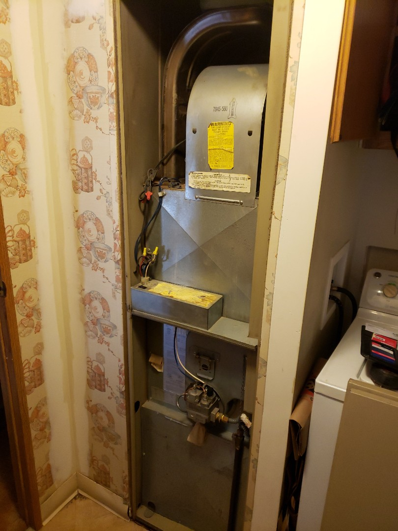 Willits, CA - Service call Coleman furnace