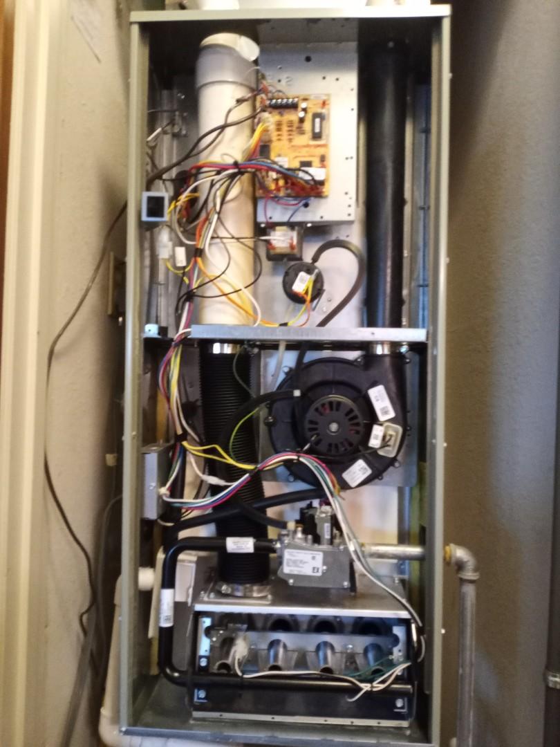 Ukiah, CA - Maintenance on Trane furnace