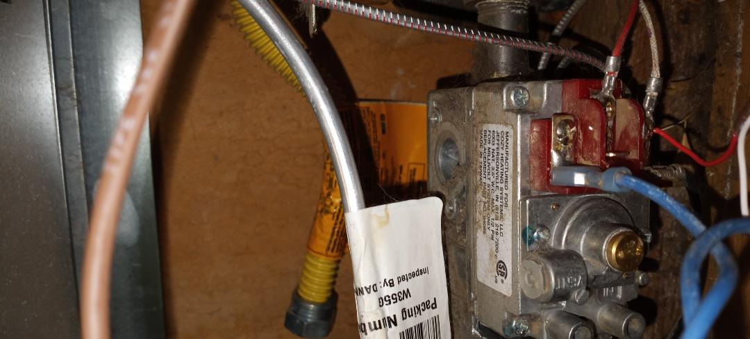 Ukiah, CA - Replacing gas valve on wall furnace
