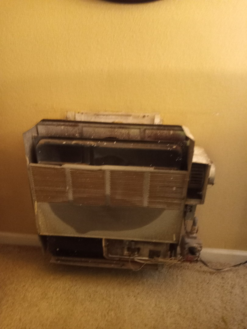 Redwood Valley, CA - Diagnosing wall furnace