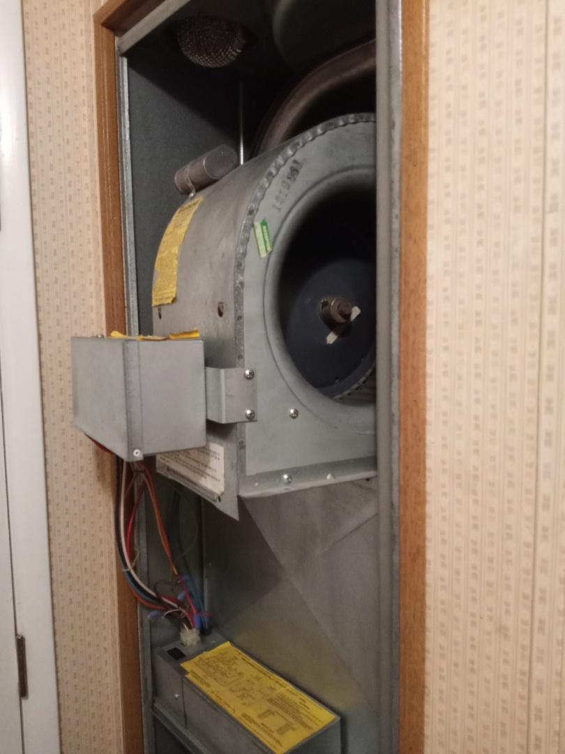 Ukiah, CA - Maintenance on Coleman furnace