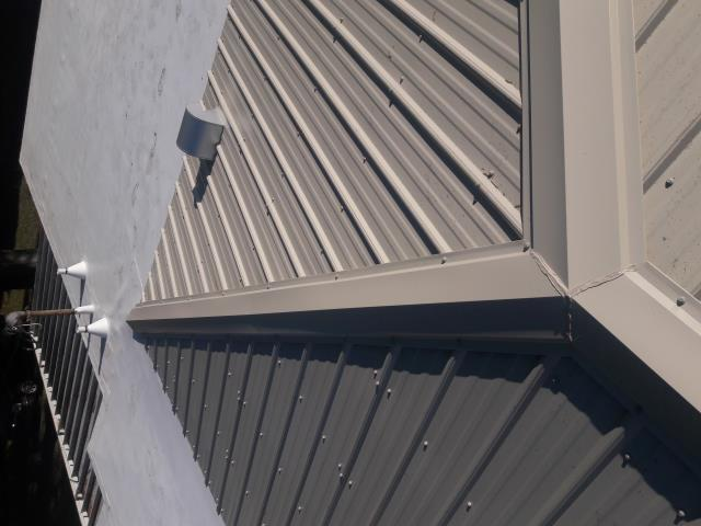 Tampa, FL - Union Corrugated Master Rib Metal
