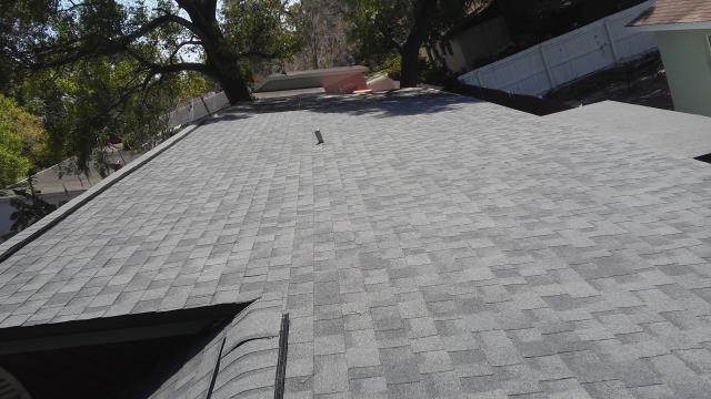 Tampa, FL - Owens Corning Duration Designer Singles Color: Estate Gray