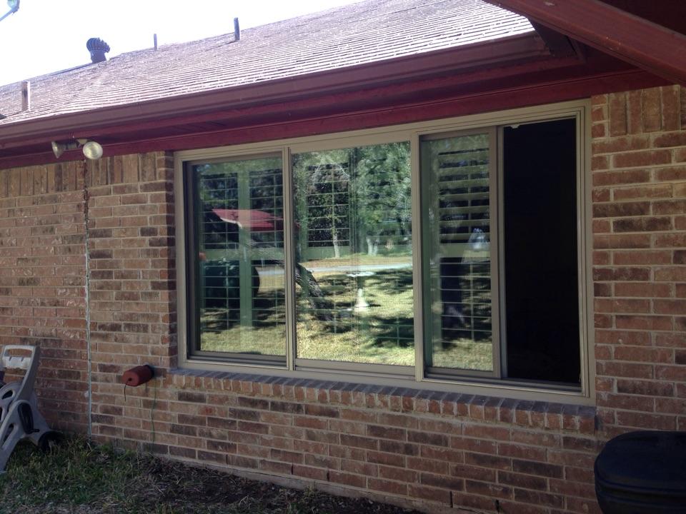 Boerne, TX - Andersen left stationary right slider window