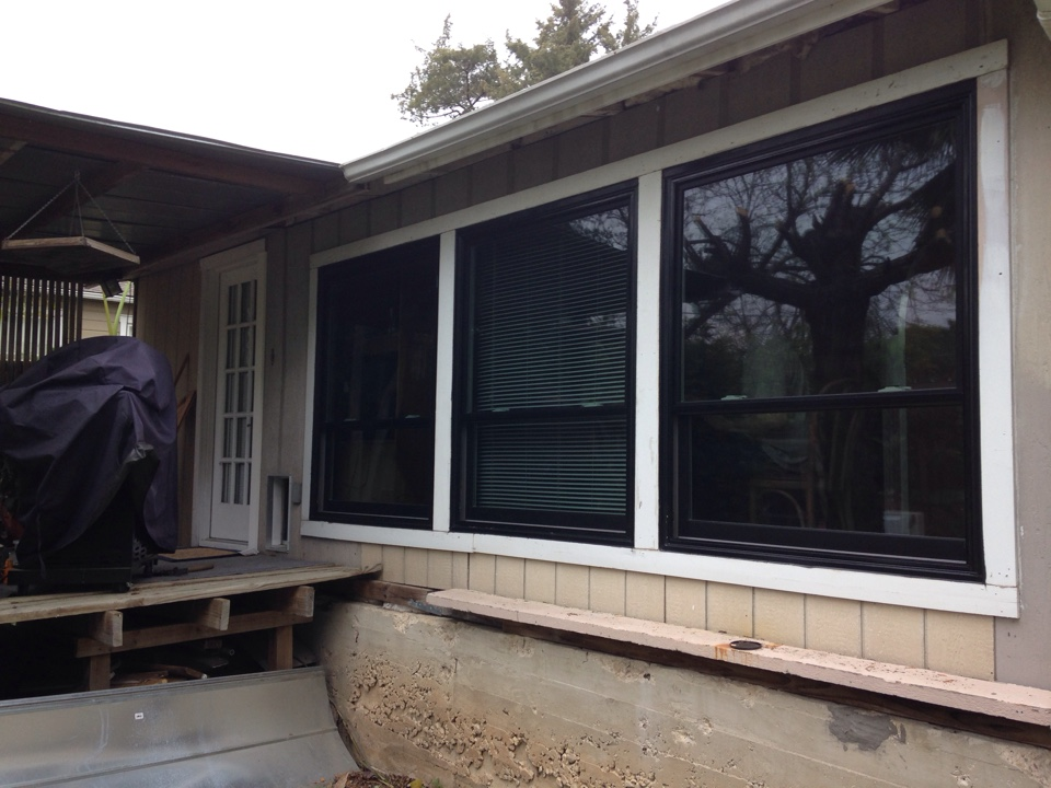 Alamo Heights, TX - Andersen double hung Windows