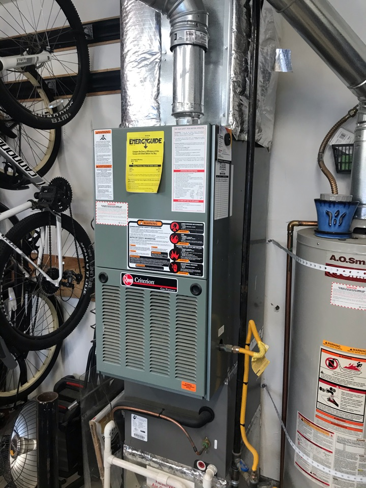 Monmouth, OR - Annual tune up and maintenance on a Rheem gas furnace and Lennox AC.