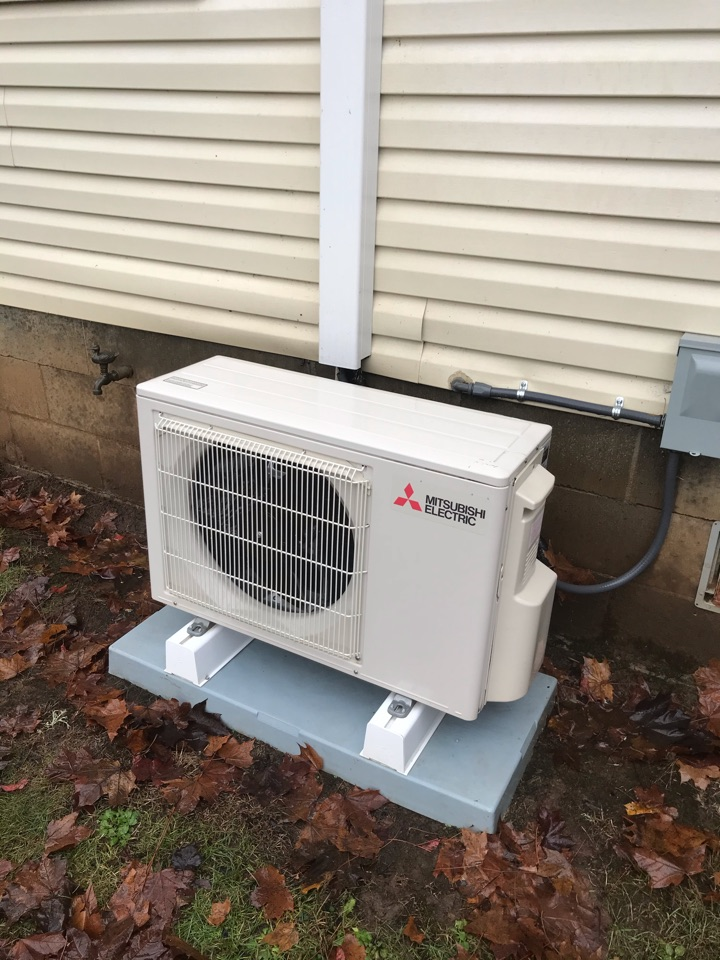 Philomath, OR - Precision tune up on a Mitsubishi ductless system