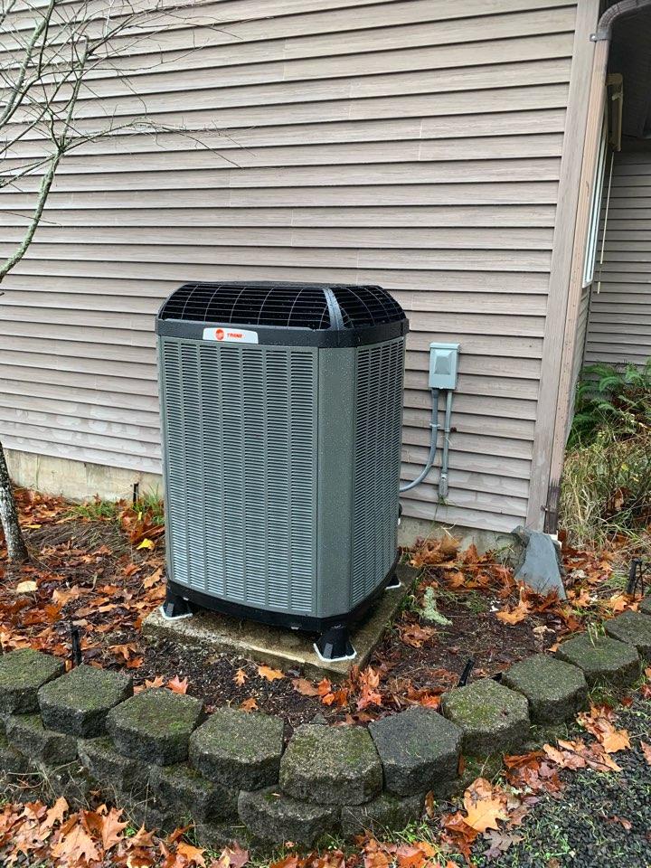 Philomath, OR - New heat pump install