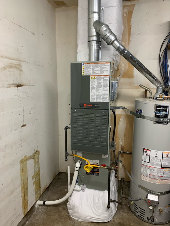 Springfield, OR - New Trane furnace and air conditioner install