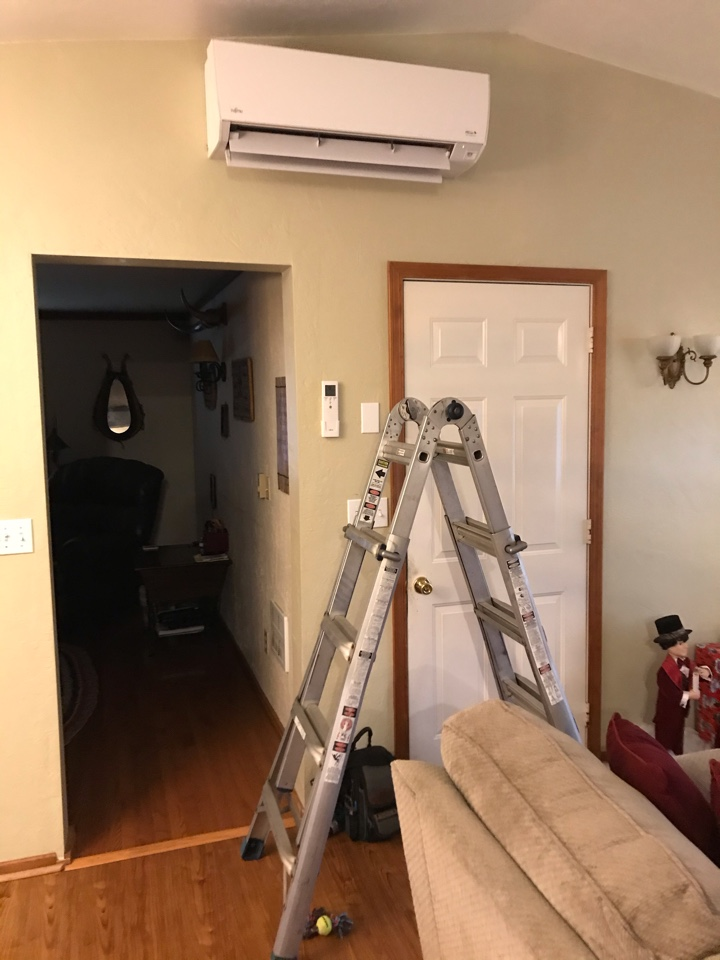Brownsville, OR - Fujitsu ductless heat pump maintenance