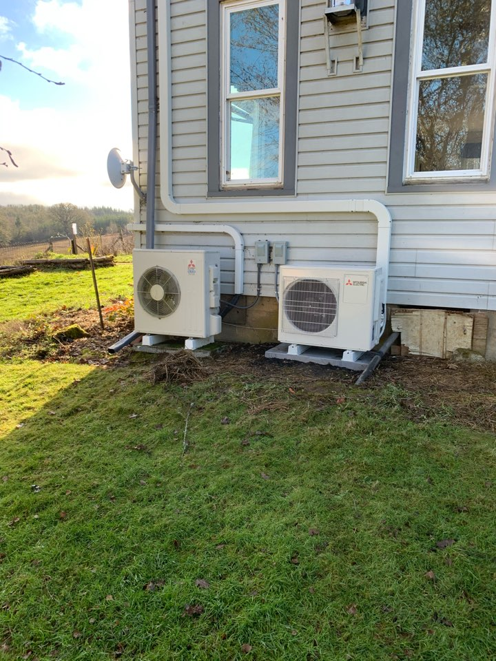 Monmouth, OR - New ductless heat pump system