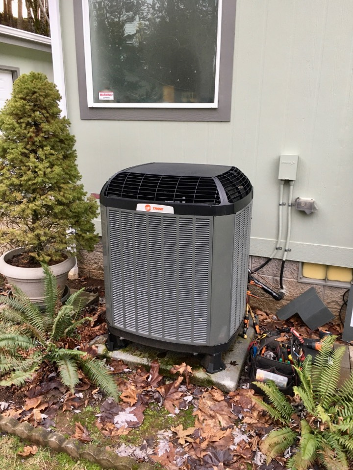 Brownsville, OR - First year free inspection on a Trane heat pump.