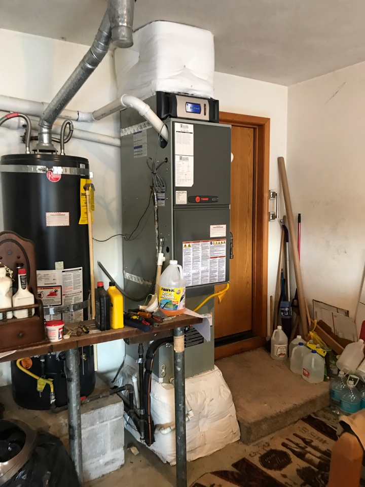 Springfield, OR - Precision tune up on a Trane Gas Furnace and Air Conditioner. Visit 2 of 2, Heating only